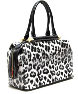 Whole Fashion Handbag With Cheetah Print